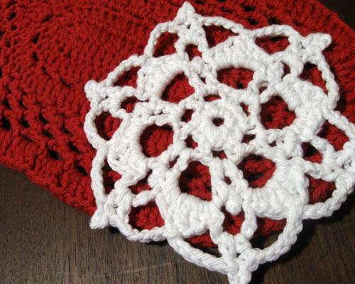 crochet snowflake trivet