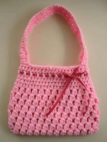Crochet Backpack Purse : Floral Fiesta. Crochet Bag/Backpack 2 in 1 Free Pattern for Kids