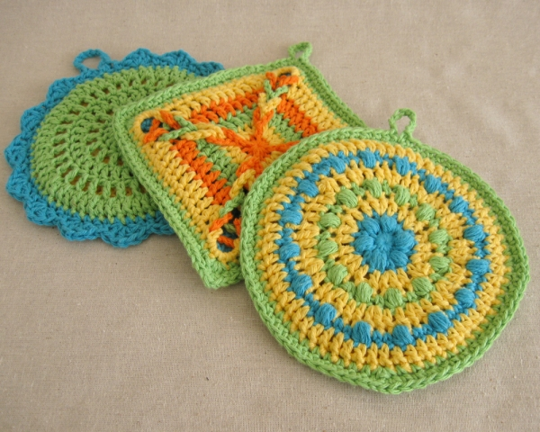 Crochet Pot Holders - Crochet Pattern GRANDMAS WAFFLE SQUARE