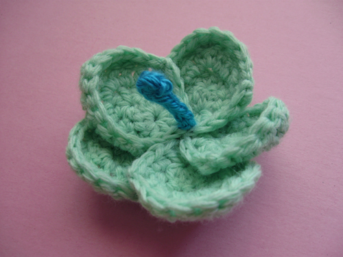 CROCHET PATTERNS FOR HIBISCUS FLOWER - Crochet Club