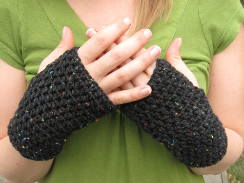 peasy fingerless gloves
