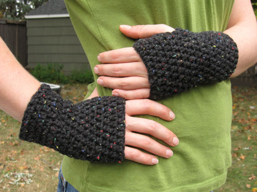 Peasy Gloves Crochet Pattern Hello Speckless Crochetcrafthome